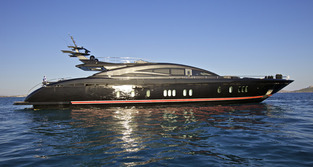 M/Y Golden Yachts 132
